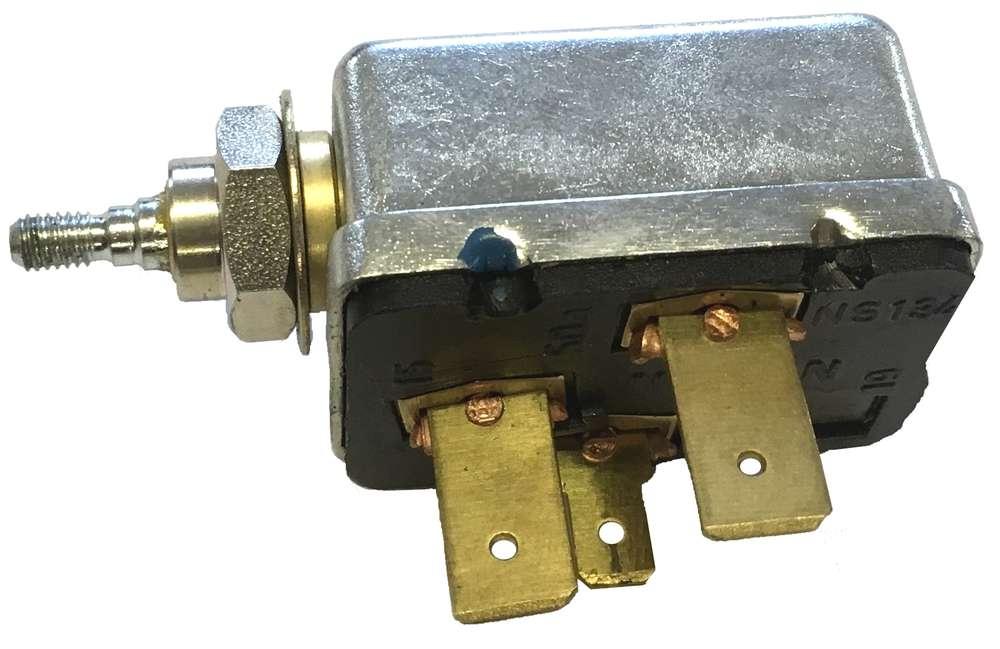 1455,743 XL 1255 Lichtmaschine MC Cormick 844S 745 XL 844 XL 1055XL 955 XL